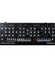 Roland SE-02 Analogue Synthesizer